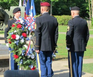 Wreath Laying (cropped) 2014